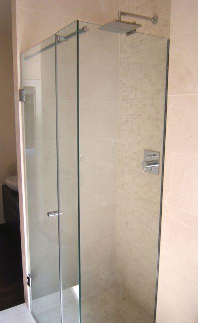 box doccia su misura ad angolo