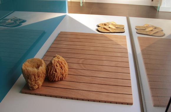 Pedane doccia su misura e antiscivolo realizzate in legno multistrato