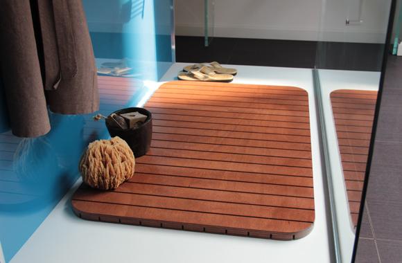 pedane doccia su misura e antiscivolo realizzate in legno