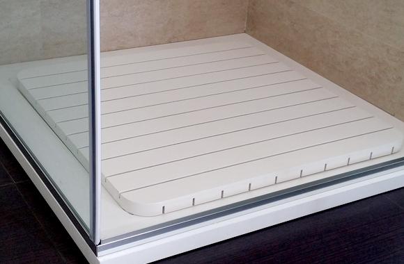 pedana doccia in legno bianco
