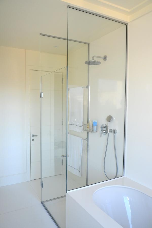 Box doccia su misura realizzazioni in cristallo personalizzate progettazione e ristrutturazioni - Cabine doccia su misura ...