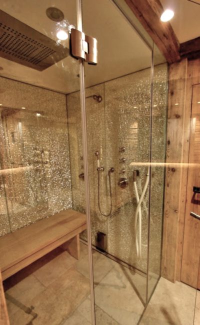 sistema di chiusura in cristallo per bagno turco